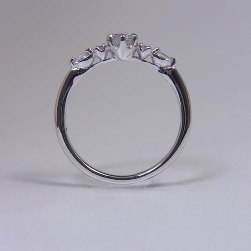 ケルヒ・エンゲージリング、婚約指輪 「citron(シトロン)」の紹介。