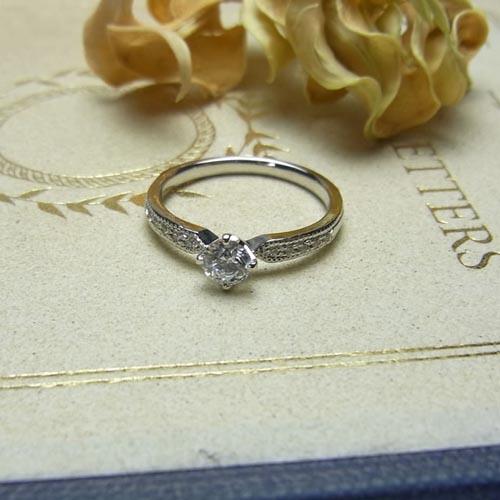 婚約指輪 flocon de neige(フロコン・ド・ネージュ)