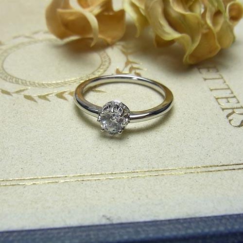 ケルヒ・エンゲージリング、婚約指輪 「Leroy(ルロイ)」の紹介。