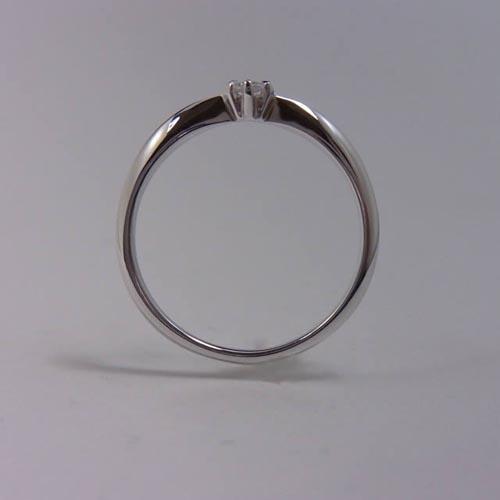 ケルヒ・エンゲージリング、婚約指輪 「doudou(ドゥドゥ)」の紹介。