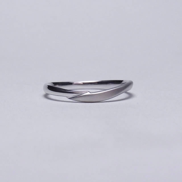 ケルヒ・マリッジリング、結婚指輪 「Etreinte(エトラント)」の紹介