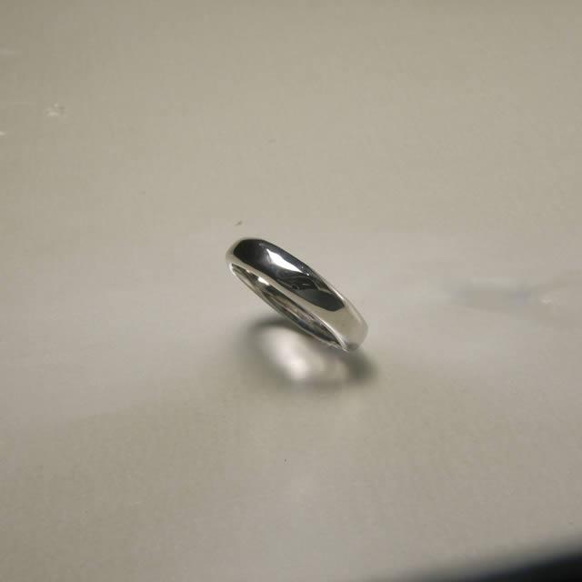 ケルヒ・マリッジリング、結婚指輪 「rerief(ロリエフ)」の紹介
