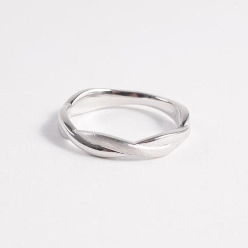 ケルヒ・マリッジリング、結婚指輪 「Spirale(シュピラーレ)」の紹介