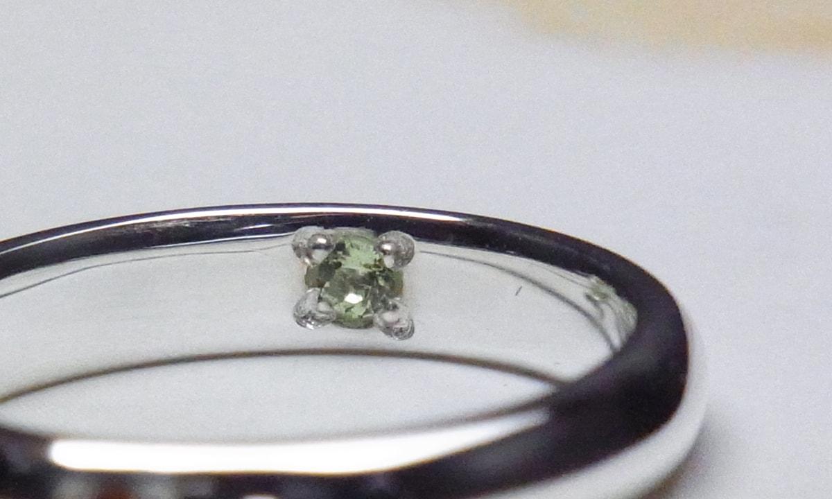 結婚指輪誕生石セッティングイメージ