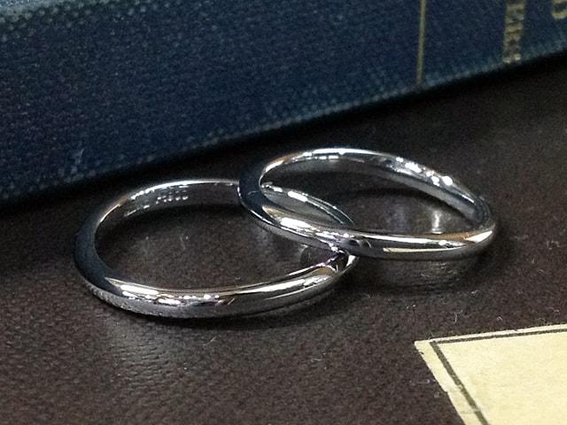 結婚指輪の素材「プラチナ」イメージ