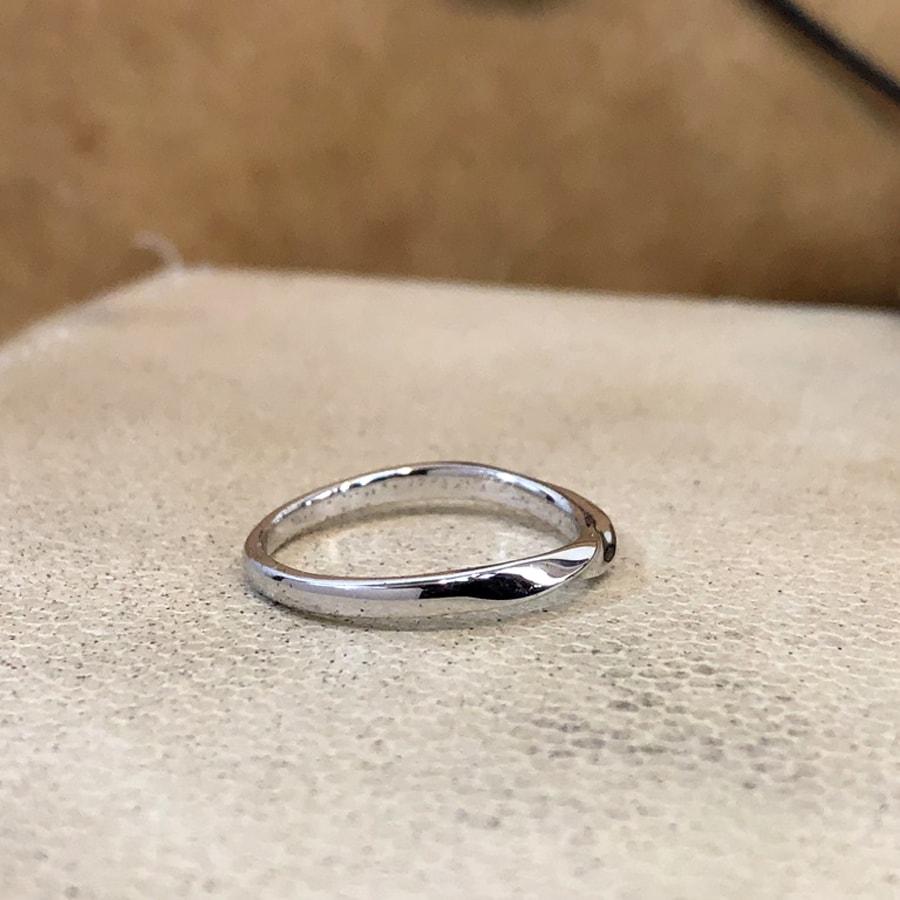 マリッジリング、結婚指輪 「bello(ベッロ)」女性用右側