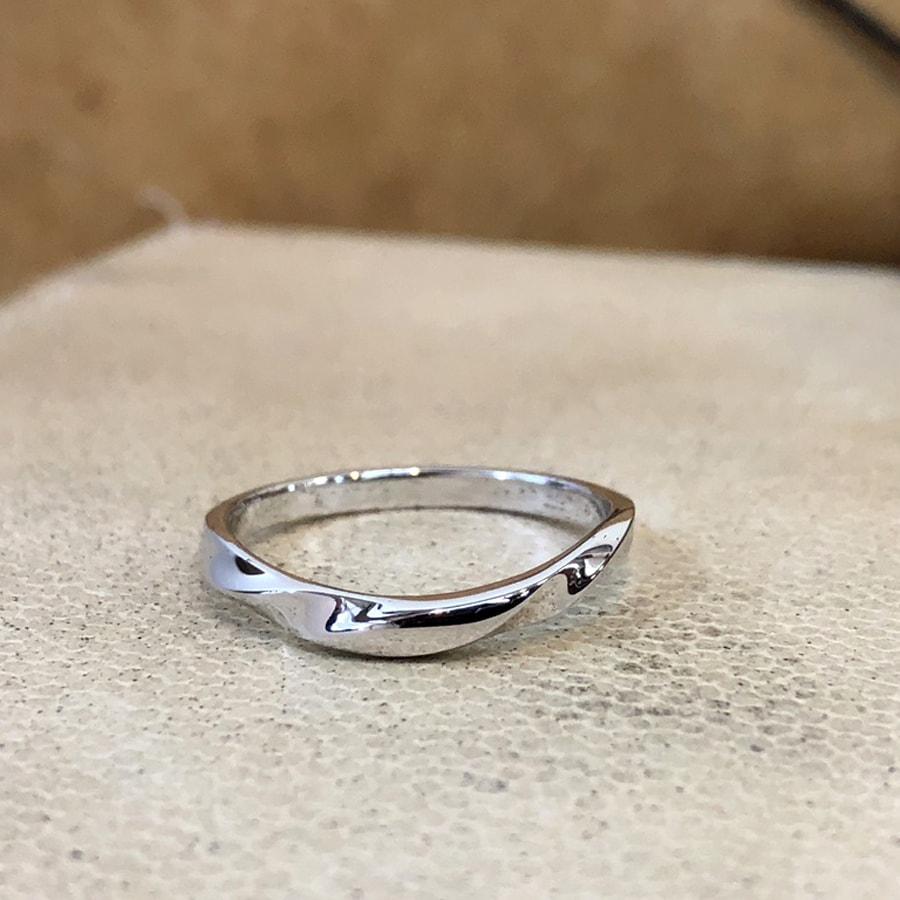 マリッジリング、結婚指輪 「bello(ベッロ)」男性用正面