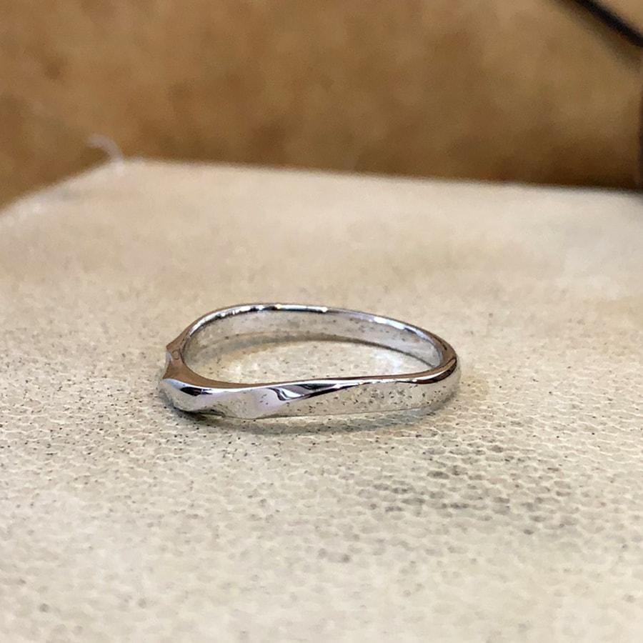 マリッジリング、結婚指輪 「bello(ベッロ)」男性用左側