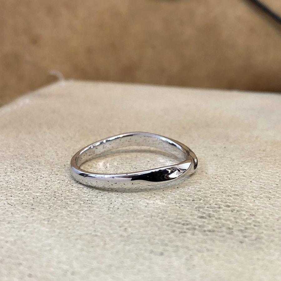 マリッジリング、結婚指輪 「bello(ベッロ)」男性用右側
