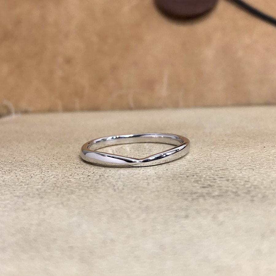 マリッジリング、結婚指輪 「bisou(ビズー)」男性用正面
