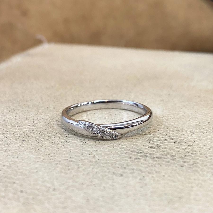 マリッジリング、結婚指輪 「carino(カリーノ)」女性用正面