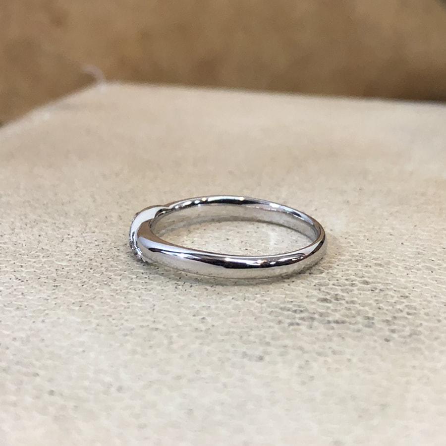 マリッジリング、結婚指輪 「carino(カリーノ)」女性用左側
