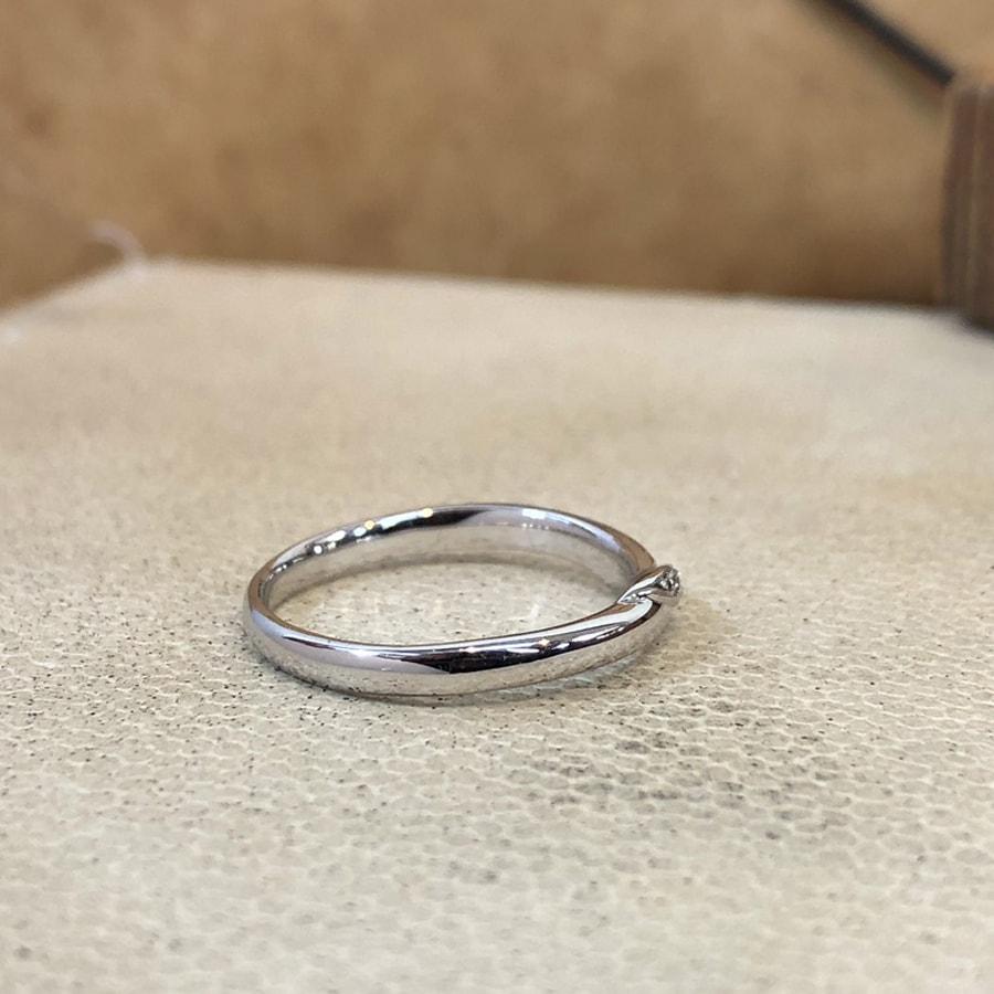 マリッジリング、結婚指輪 「carino(カリーノ)」女性用右側