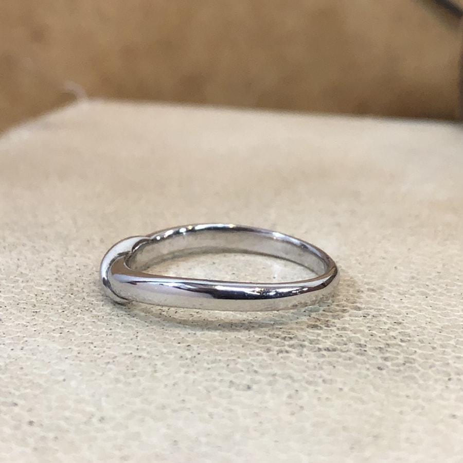 マリッジリング、結婚指輪 「carino(カリーノ)」男性用左側