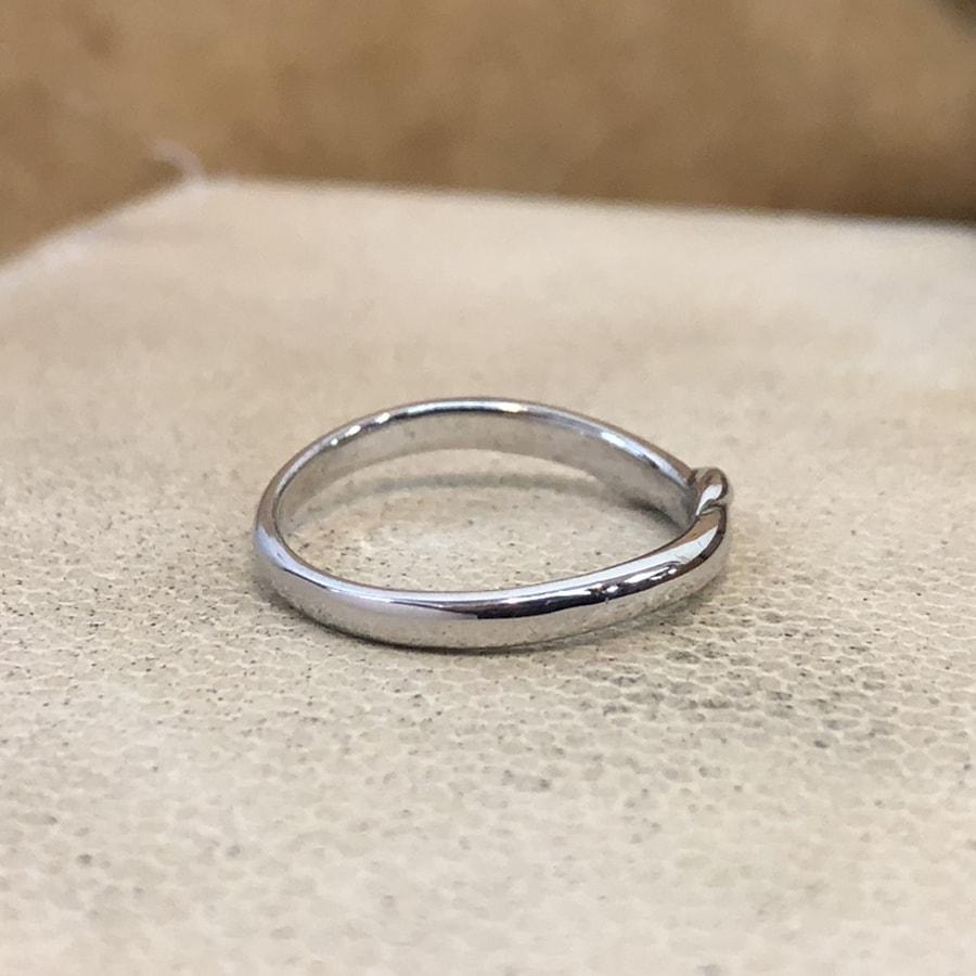 マリッジリング、結婚指輪 「carino(カリーノ)」男性用右側