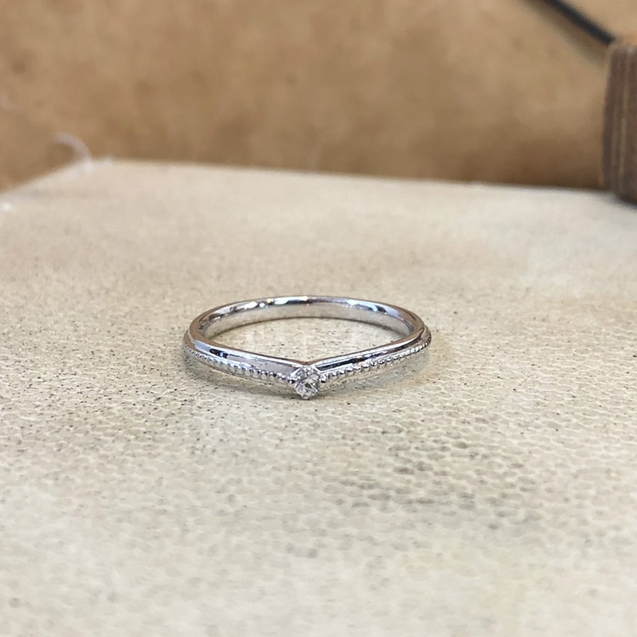 マリッジリング、結婚指輪 「chiaro(キアーロ)」女性用正面