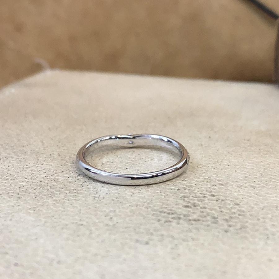 マリッジリング、結婚指輪 「chiaro(キアーロ)」女性用後ろ