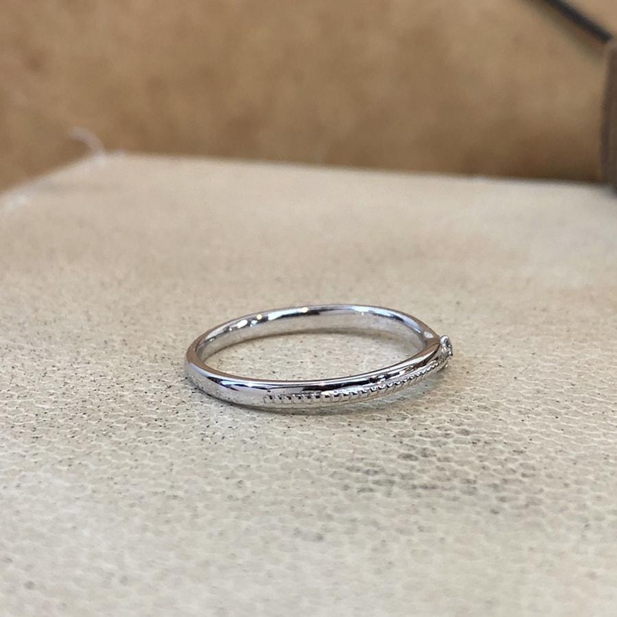 マリッジリング、結婚指輪 「chiaro(キアーロ)」女性用右側
