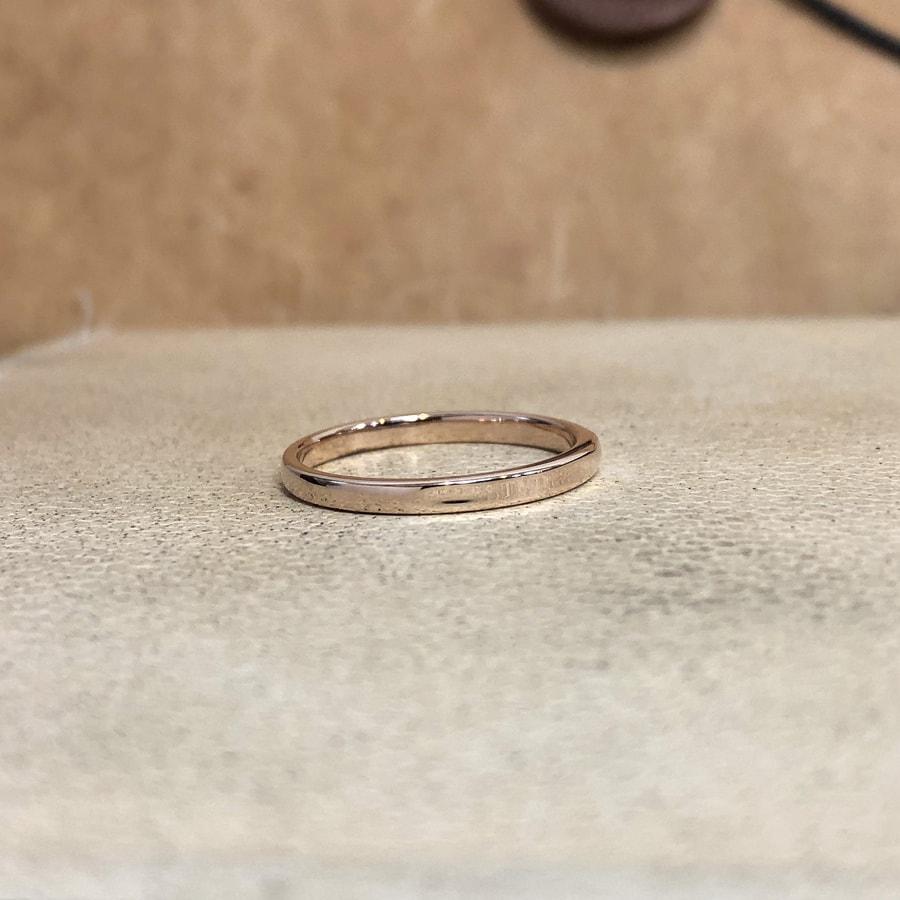 マリッジリング、結婚指輪 「chic(シック)」女性用右側