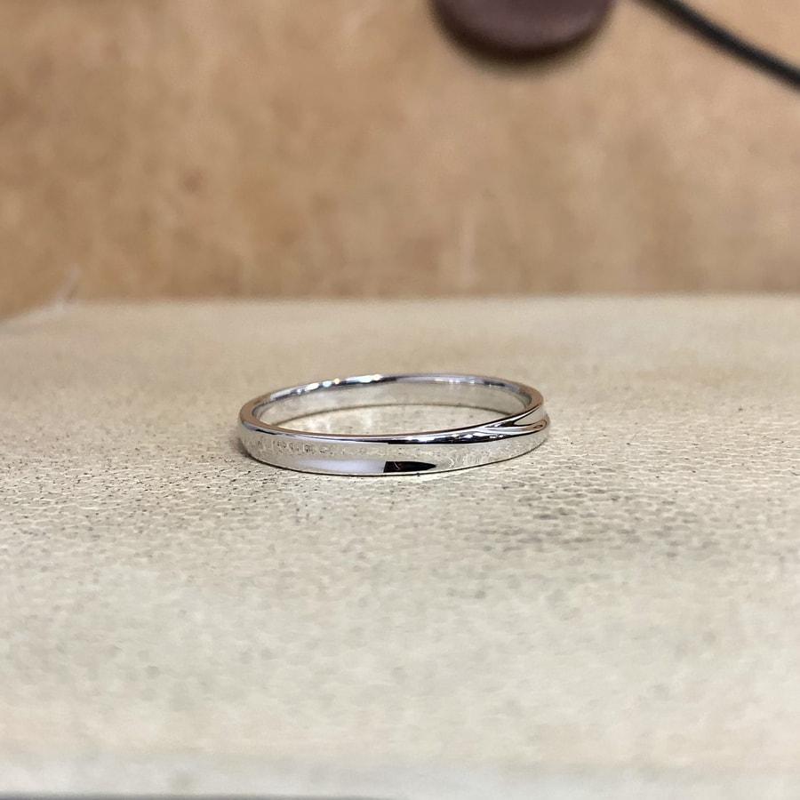 マリッジリング、結婚指輪 「chic(シック)」男性用右側