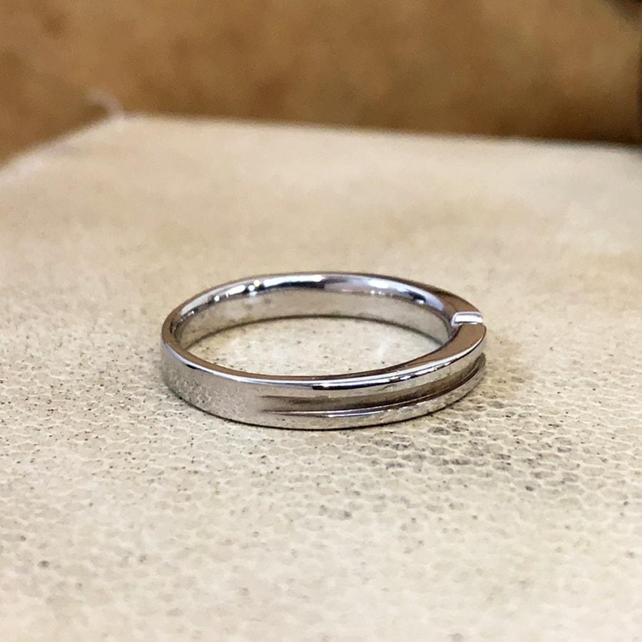 マリッジリング、結婚指輪 「destino(ディスティーノ)」男性用右側