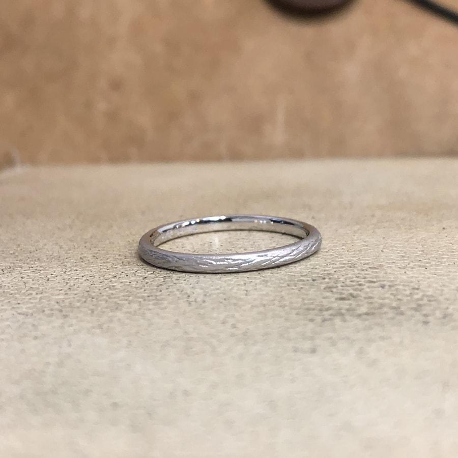マリッジリング、結婚指輪 「folio(フォリオ)」女性用正面