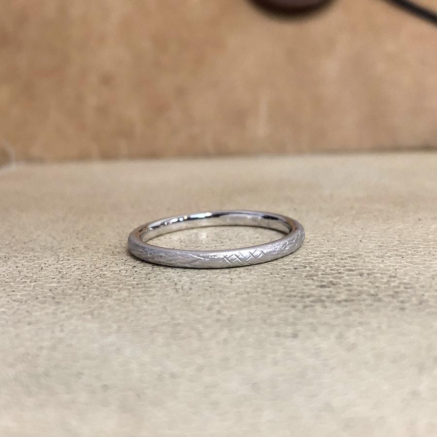マリッジリング、結婚指輪 「folio(フォリオ)」女性用左側