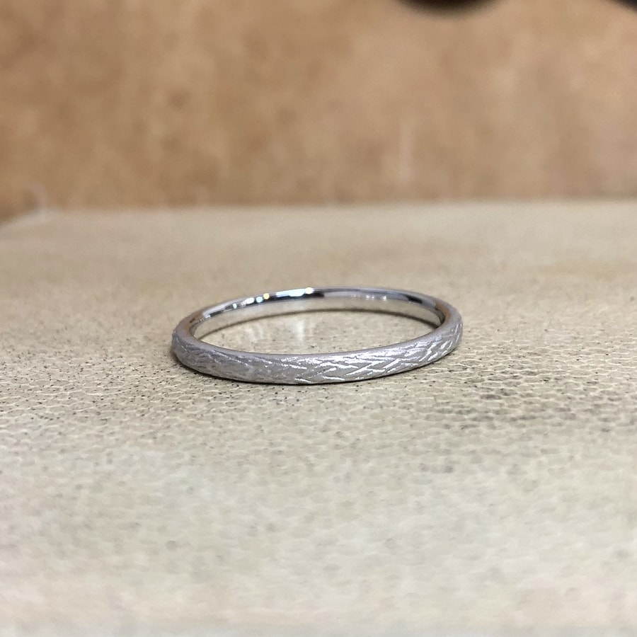 マリッジリング、結婚指輪 「folio(フォリオ)」男性用正面