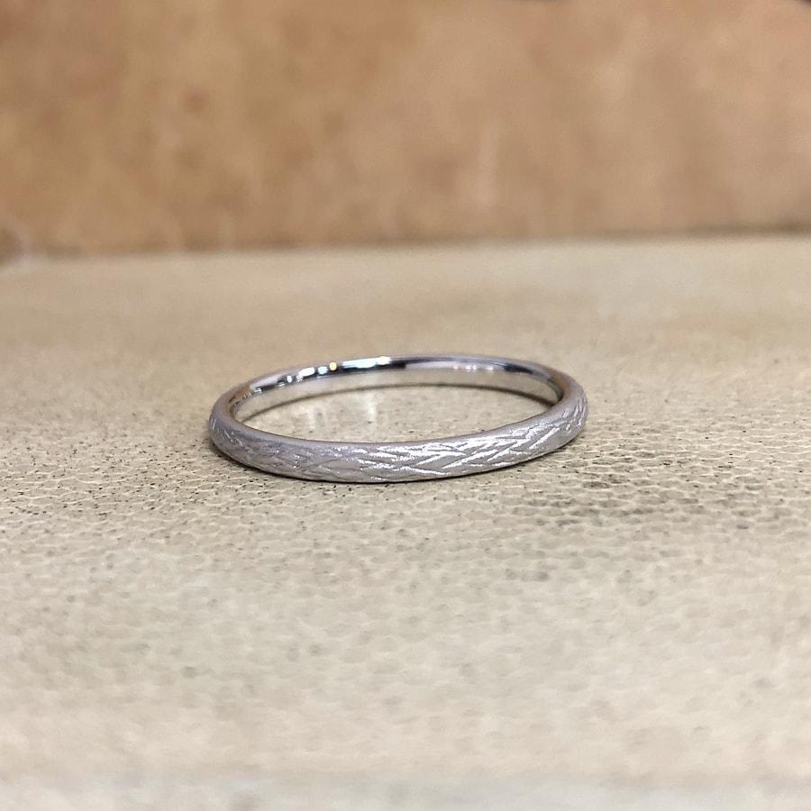 マリッジリング、結婚指輪 「folio(フォリオ)」男性用右側