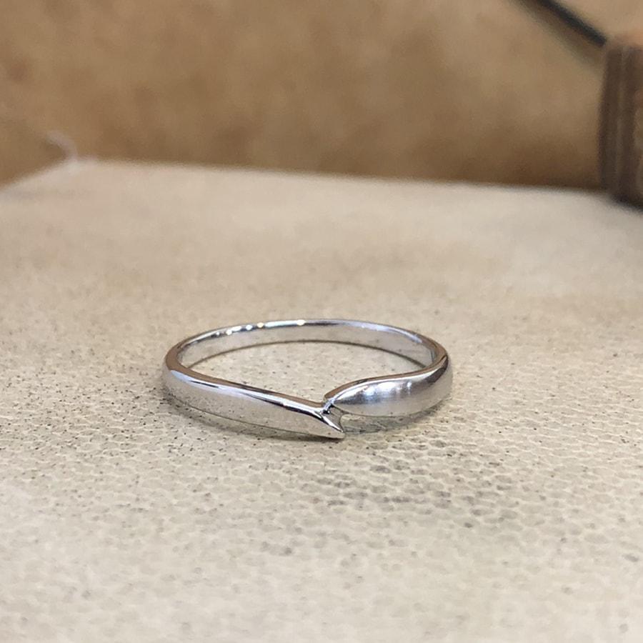 マリッジリング、結婚指輪 「legame(レガーメ)」男性用正面