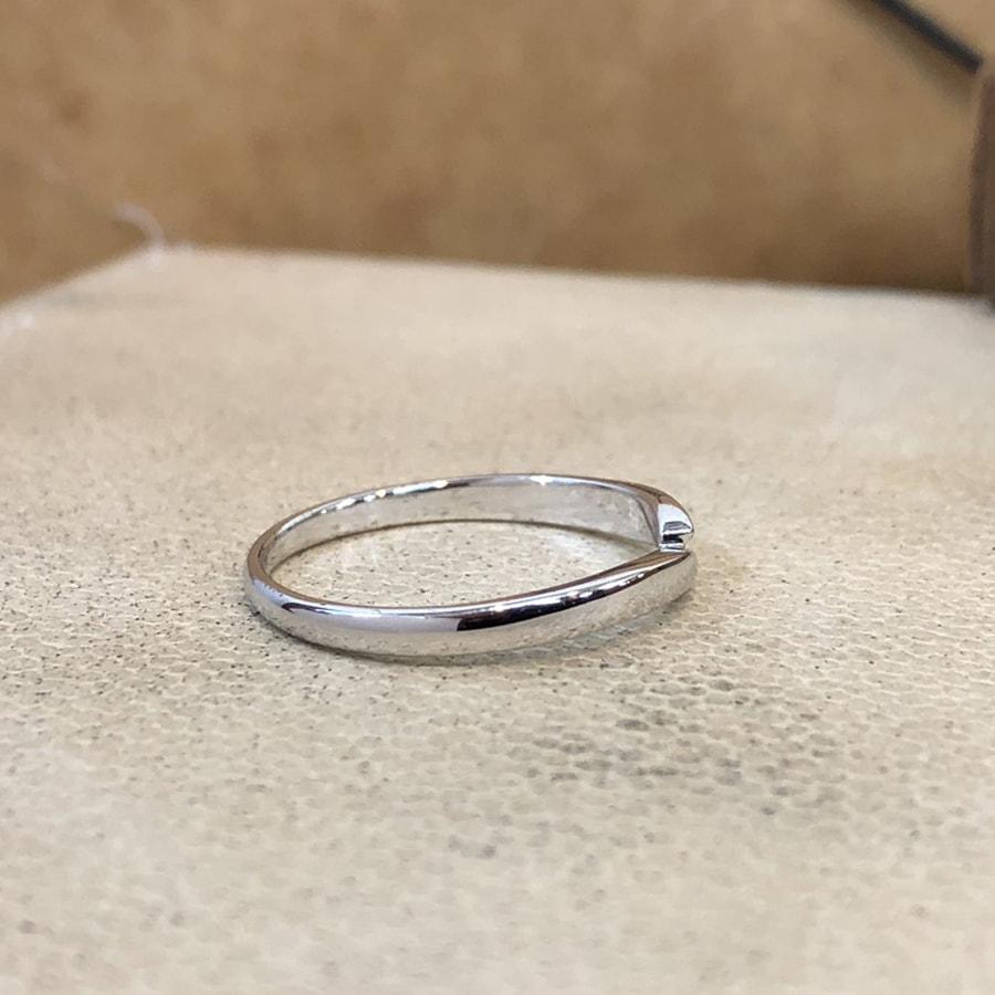 マリッジリング、結婚指輪 「legame(レガーメ)」男性用右側