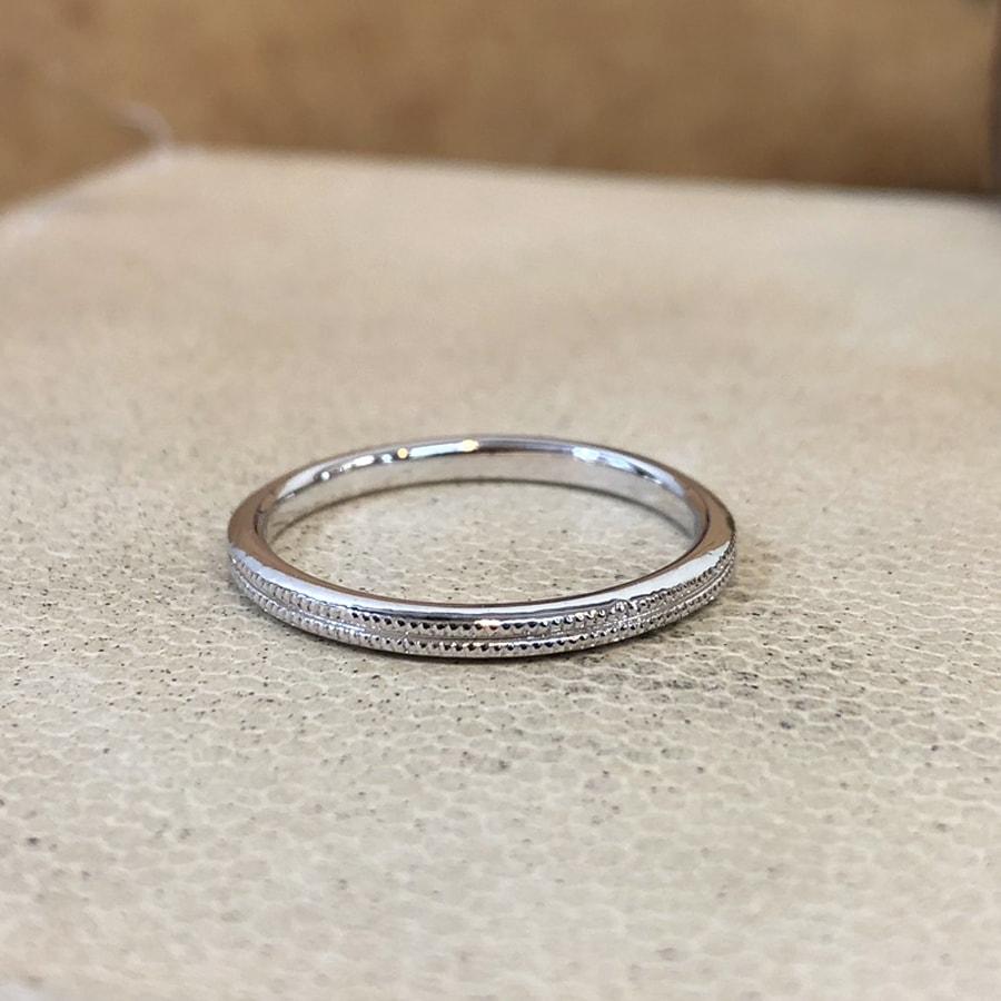 マリッジリング、結婚指輪 「onesto(オネスト)」男性用正面