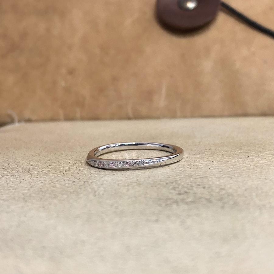 マリッジリング、結婚指輪 「palette(パレット)」女性用正面