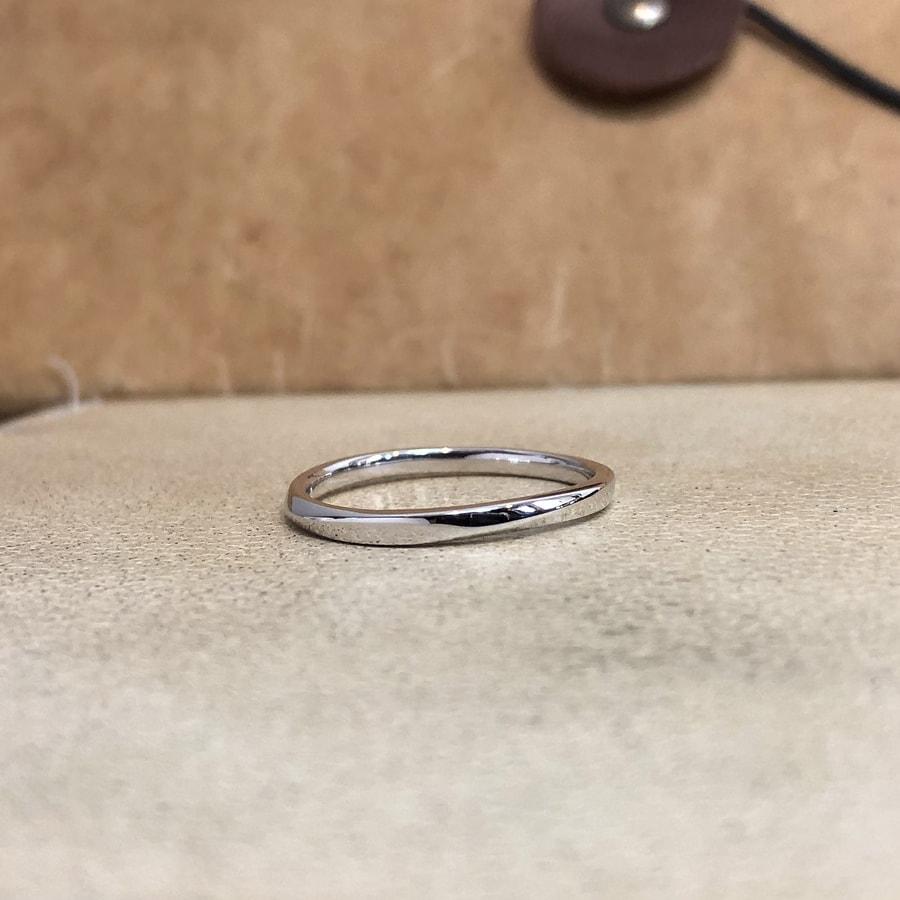 マリッジリング、結婚指輪 「palette(パレット)」男性用正面