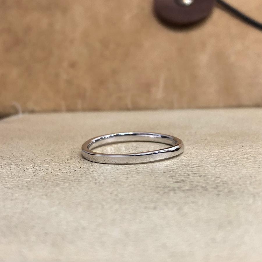 マリッジリング、結婚指輪 「palette(パレット)」男性用後ろ