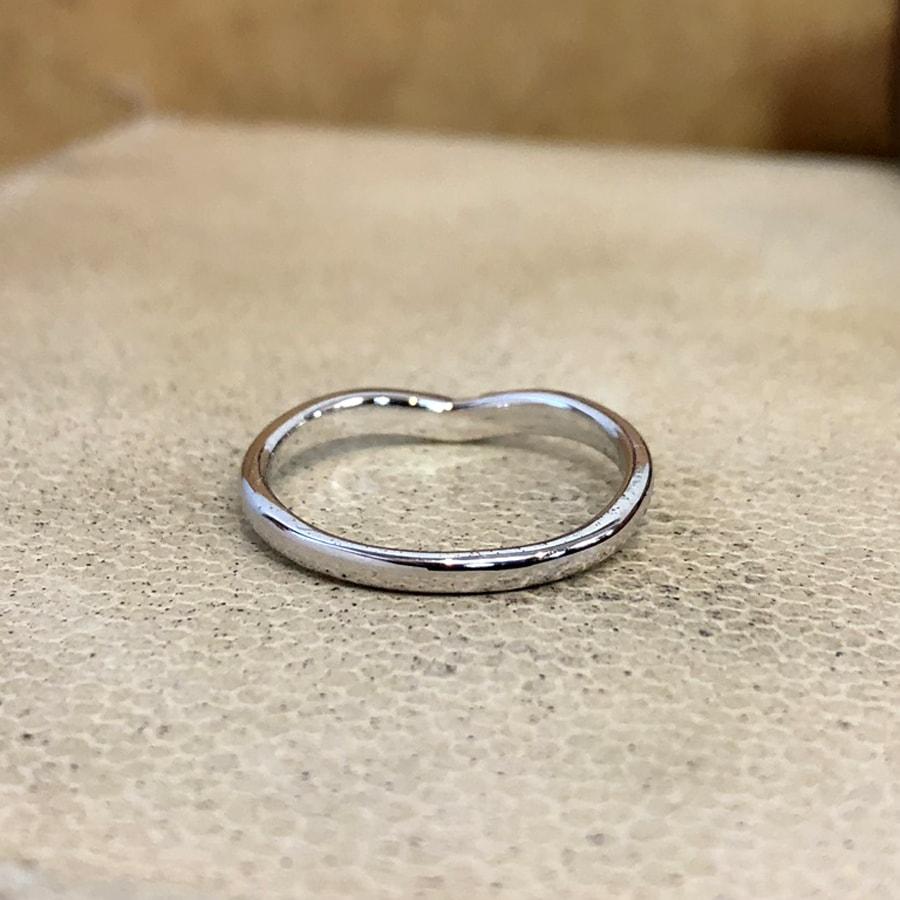 マリッジリング、結婚指輪 「vicino(ヴィチーノ)」女性用後ろ