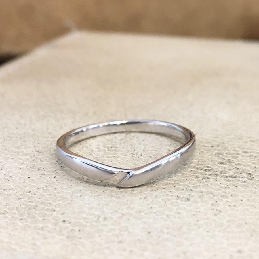 マリッジリング、結婚指輪 「vicino(ヴィチーノ)」男性用正面