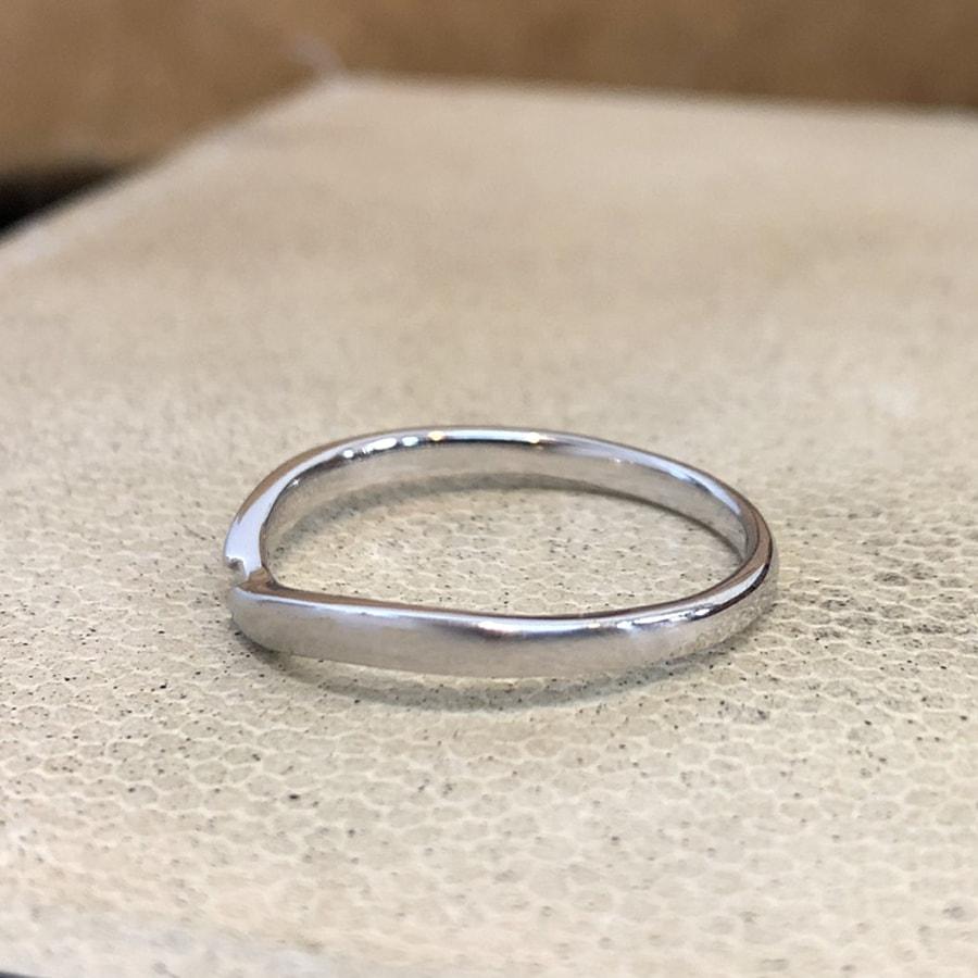 マリッジリング、結婚指輪 「vicino(ヴィチーノ)」男性用左側