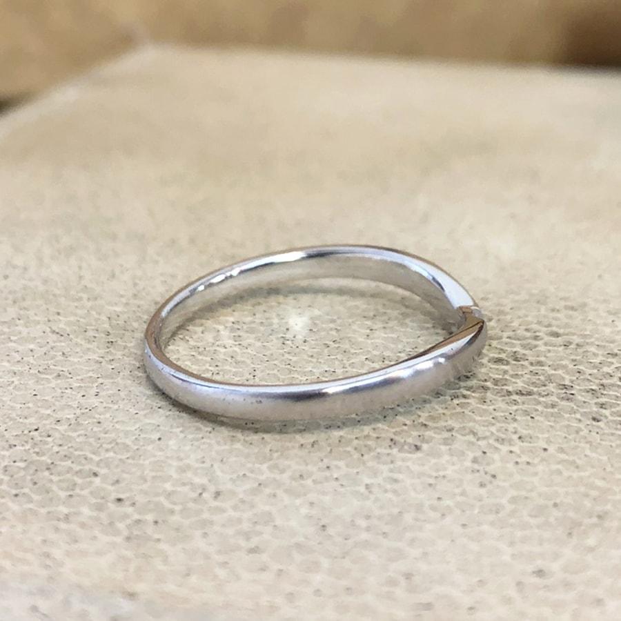 マリッジリング、結婚指輪 「vicino(ヴィチーノ)」男性用右側