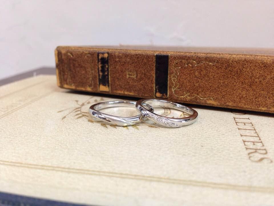 プラチナ・メレダイヤの結婚指輪 | 結婚指輪手作り作品
