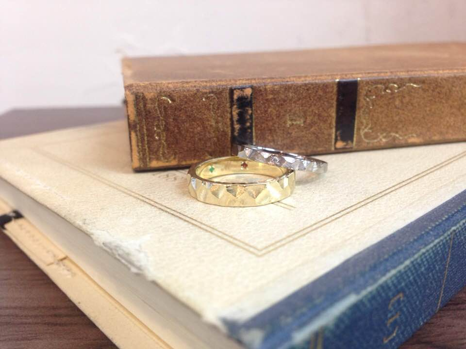 ホワイトゴールド、グリーンゴールドの結婚指輪 | 結婚指輪手作り作品