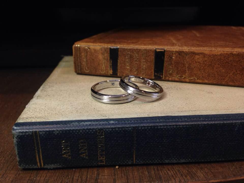 結婚指輪手作り作品 「個性が光るシンプルなプラチナ結婚指輪」